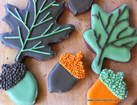 A few leaves and acorn cookies