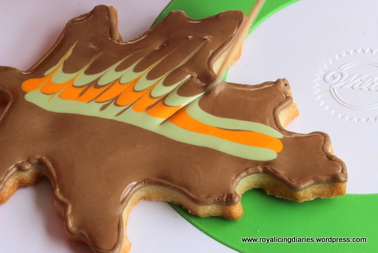 marbling leaves - decorated leaf cookies