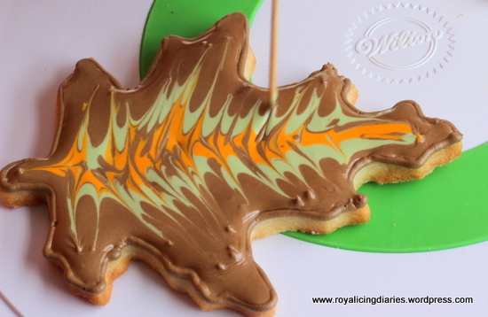 marbling the leaves - decorated cookies
