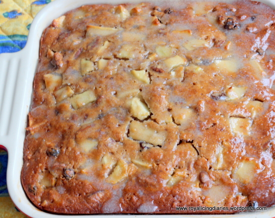 Almost-famous apple cake with glaze